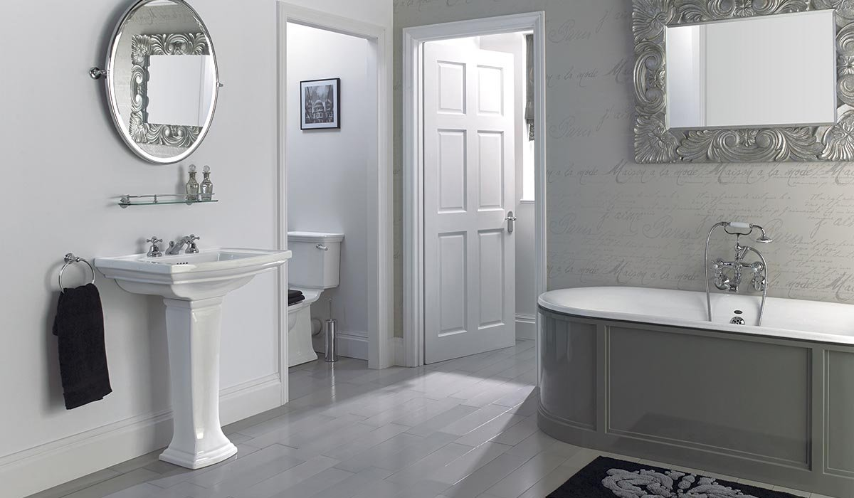 Westminster large basin and pedestal, King Charles bath* *Bath supplied in grey primer all ready to paint